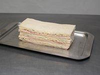 Sándwich de jamón y roquefort (3 unidades)