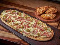 Promoción - Pizza (6 porciones) + 2 Empanadas + Gaseosa 1.5 L