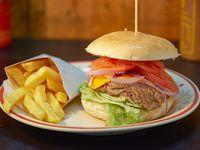 Top burger + porción de papas fritas + bebida 350 ml
