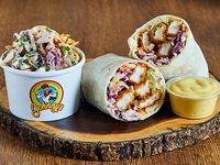 Chicken Wrap + 1 Acompañamiento + 1 Salsa