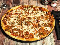 Pizza cubana de carne desmechada