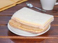 Sándwich de miga con jamón y queso