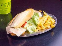 Sándwich de milanesa de ternera completo