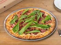 Pizzeta Rúcula y bondiola