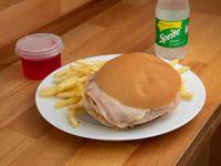 Combo 1 - Hamburguesa con Jamón y Queso + Fritas + Refresco Mini + Gelatina