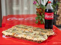 Promoción - Pizza muzzarella 1 metro + refresco línea Coca Cola 1.5