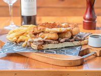 Chivi tostado (tostadas de pan catalán)