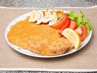 Suprema de pollo con ensalada de cuatro ingredientes