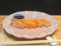Niguiri de salmón (5 unidades)