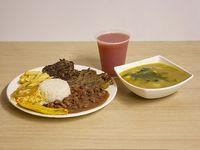 Almuerzo con Carne Asada de Res