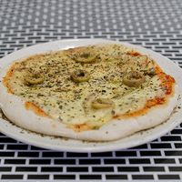 Pizza individual (2 porciones)
