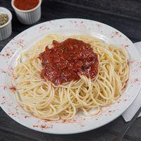 Espagueti con salsa de fileto