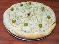 Pizza fugazzeta rellena con jamón y queso