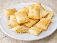 Empanadas de queso mozzarella (12 unidades)