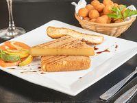 Milanesa de queso provolone con guarnición