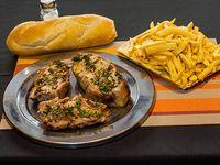 Promo 18 - Lechón o cordero  + guarnición + pan (2 personas)