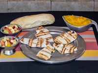 Promo 27 - Lomitos de pollo diet grillé con puré de calabaza + 2 ensaladas de frutas + pan (2 personas)