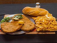 Promo 14 - Milanesa de ternera + milanesa de pollo + guarnición + pan