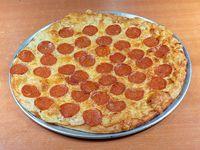 Pizza peperoni mediana