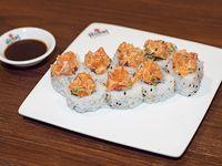 Roll salmón tataki