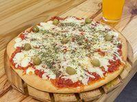 Pizza muzzarella grande con 2 porciones de fainá de regalo