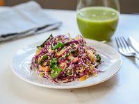 Combo - Ensalada de quinoa + jugo verde