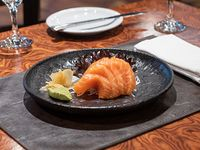 Sashimi de salmón especial