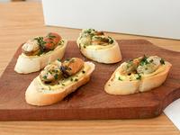 Brusquetta de mejillones a la provenzal (4 unidades)