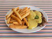 Bondiola con salsa de mostaza y miel con fritas
