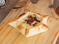 Empanada de roquefort y panceta