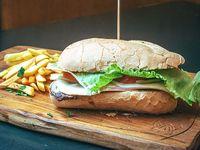 Sándwich de lomito Helga