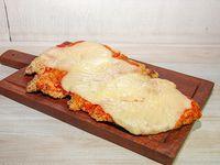 Suprema a la napolitana de pollo con guarnición