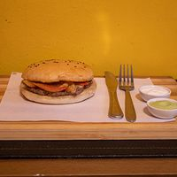 Promo - Burger 100 g + 2 ingredientes