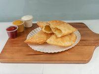 Empanada de queso (14 cm)