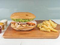 Sándwich de ave italiano + acompañamiento