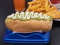Promo 1 - Vienesa italiana + papas fritas + 2 empanadas de queso + bebida