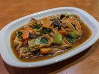 Tofu guisado con salsa de soja