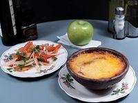 Promo - Menú 4 - Pastel de choclo + ensalada a la chilena + postre de frutas