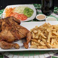 Combo 3 - 1 pollo entero a las brasas marinado en especias + papas fritas +  bebida 1.5 L