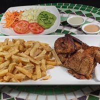 Combo 2 - 1/2 pollo a las brasas marinado en especies + papas fritas