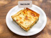 Tarta tricolor (porción)