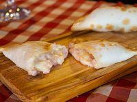 Empanada de mozzarella y jamón