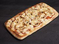 Arma tu Pizzeta con Dos Ingredientes + Coca-Cola Sabor Original
