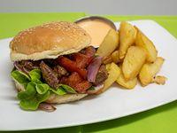 Sándwich lomo saltado ''clásico peruano''