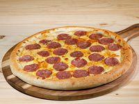 Pizza familiar calabresa