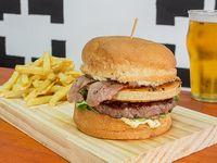 Donky Burger con papas fritas