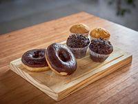 Promo - 2 donas + 2 muffins chocochips + 2 muffins de vainilla con dulce de leche