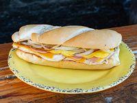 Sándwich de pollo deluxe