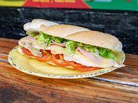 Sándwich de pollo intermedio