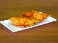 Empanada de Pollo y Carne